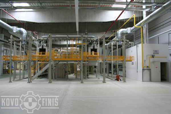 Chain conveyor and pretreatment tunnels