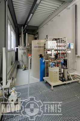 Demineralization station