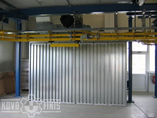 Suction wall with dry separation system