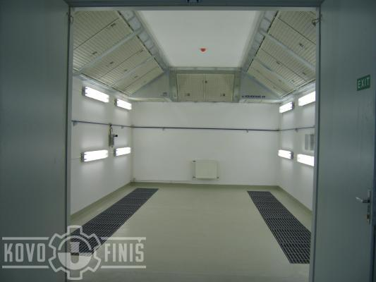 Paint coating booth with dry separation system